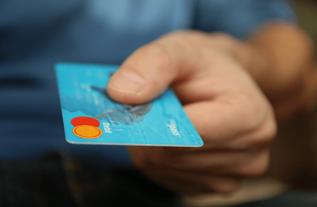 What can you done with a credit card